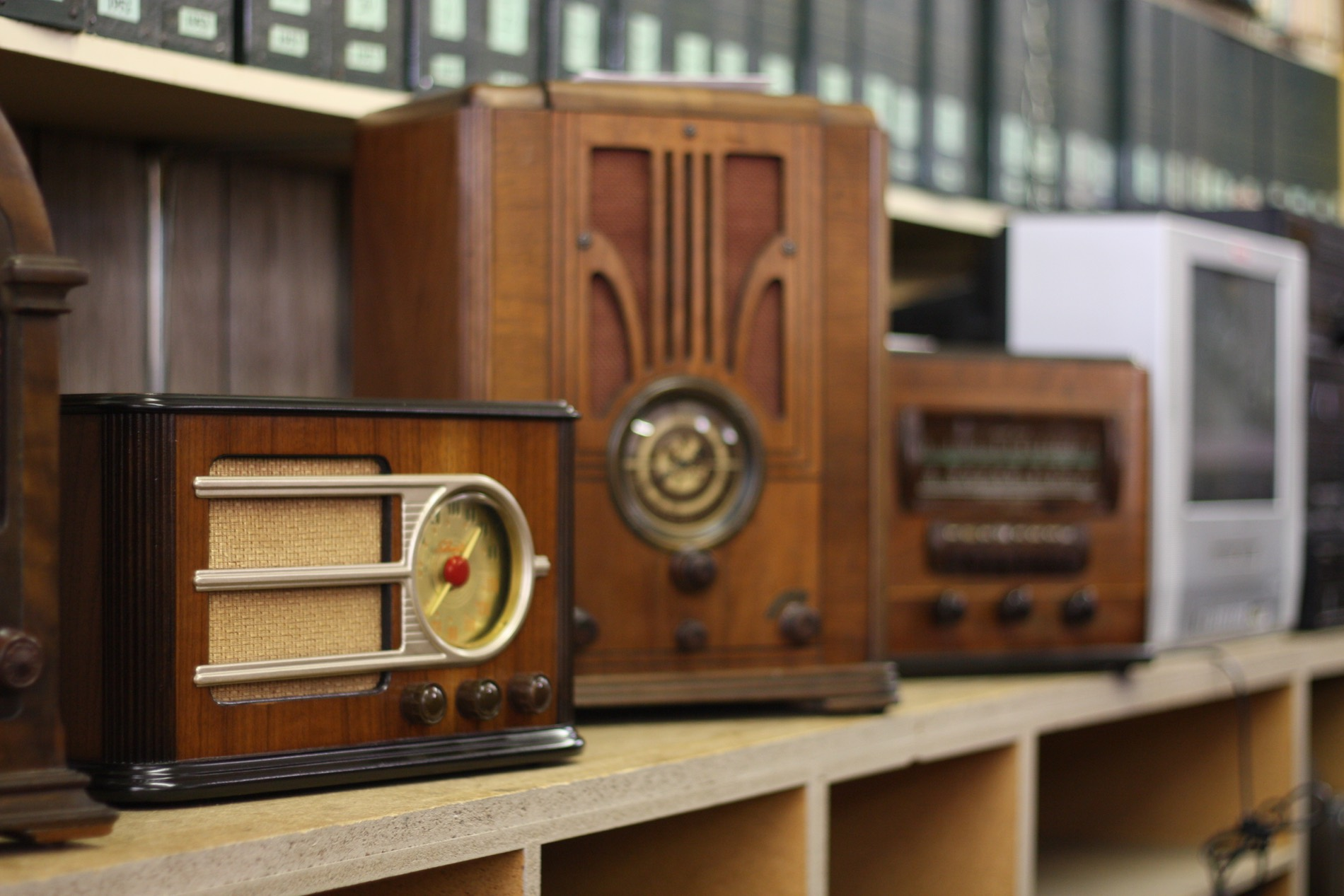Wood Radio Cabinets